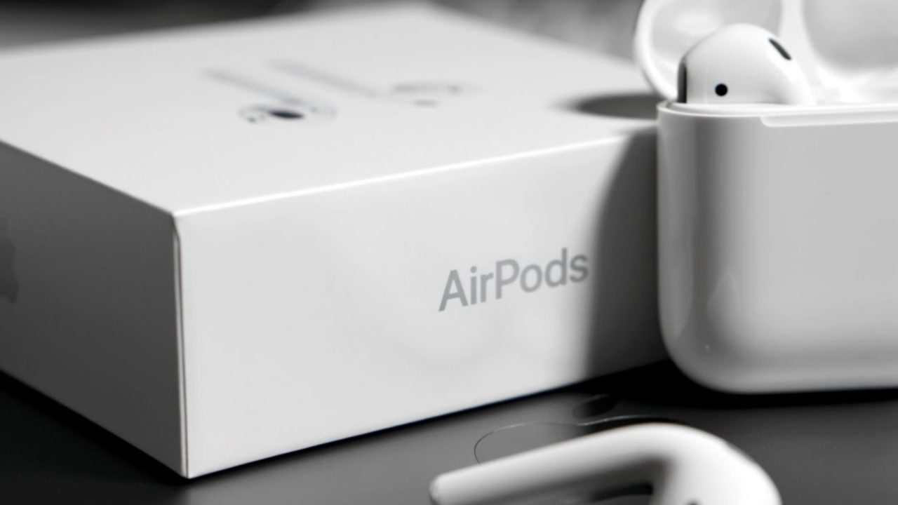 https://entrepreneurmindz.com/wp-content/uploads/2019/02/Apple-Air-Pods-With-Half-Of-The-Price-Tag-2-1280x720.jpg