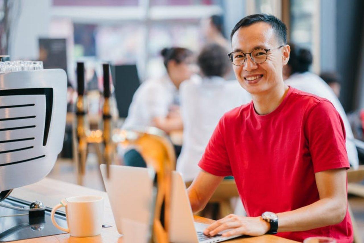 https://entrepreneurmindz.com/wp-content/uploads/2019/02/List-Of-Profitable-Creative-Small-Business-Ideas-For-SMEs-1280x853.jpg