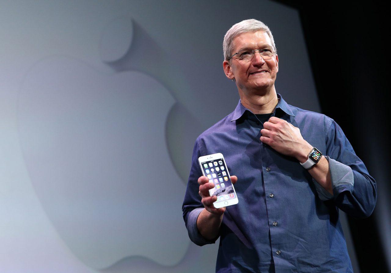 https://entrepreneurmindz.com/wp-content/uploads/2019/02/Why-Apple-Considers-Bringing-Down-iPhone-Prices-1280x894.jpg