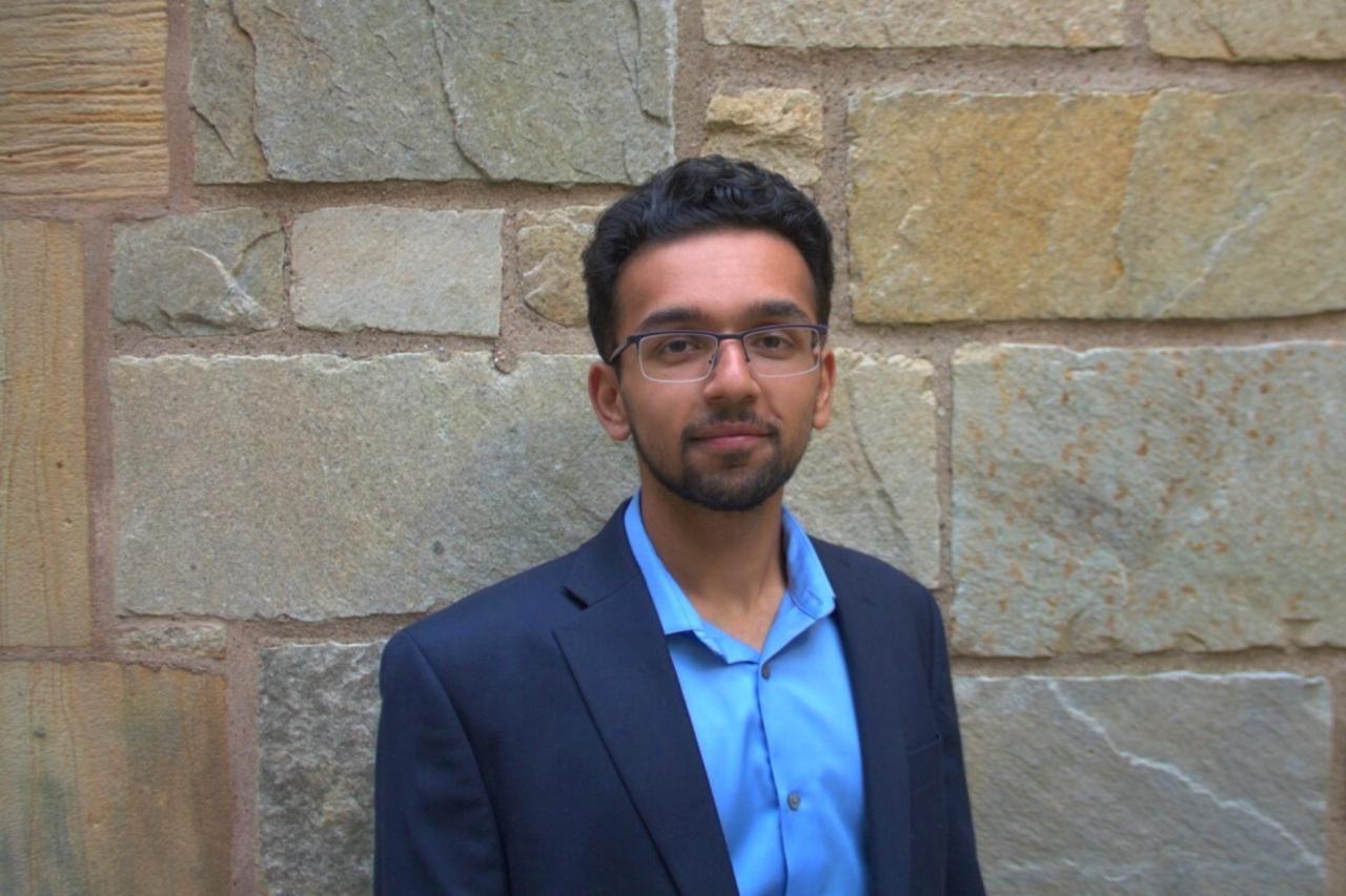 https://entrepreneurmindz.com/wp-content/uploads/2019/10/Rohan-Gurram-Young-Entrepreneur-1280x853.png