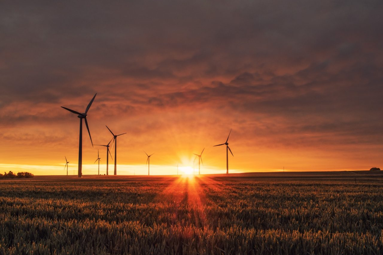 https://entrepreneurmindz.com/wp-content/uploads/2019/11/Wind-Turbine-mighty-watts-1280x853.jpg