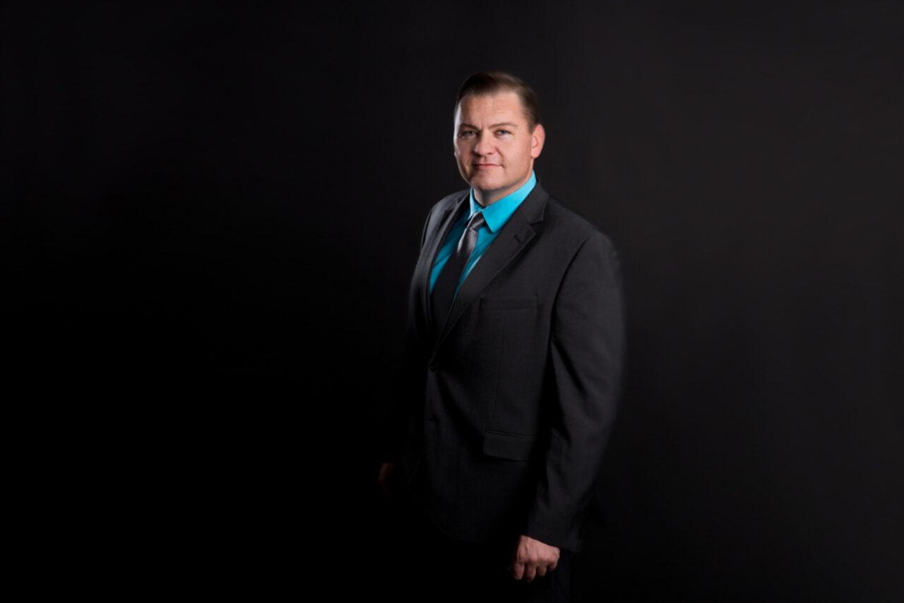 https://entrepreneurmindz.com/wp-content/uploads/2020/04/Curtis-McCoy-1280x853.jpg