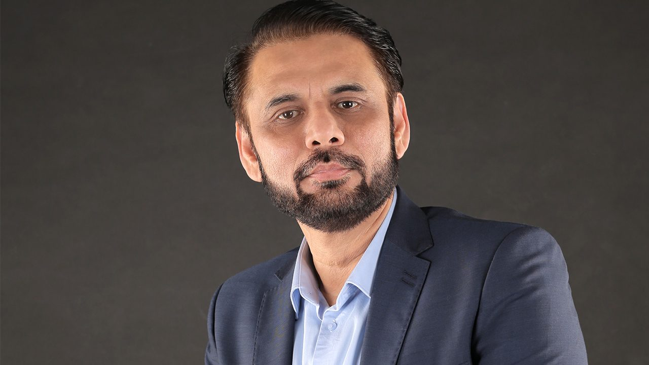 https://entrepreneurmindz.com/wp-content/uploads/2020/09/Amir-Hasan-1280x720.jpg