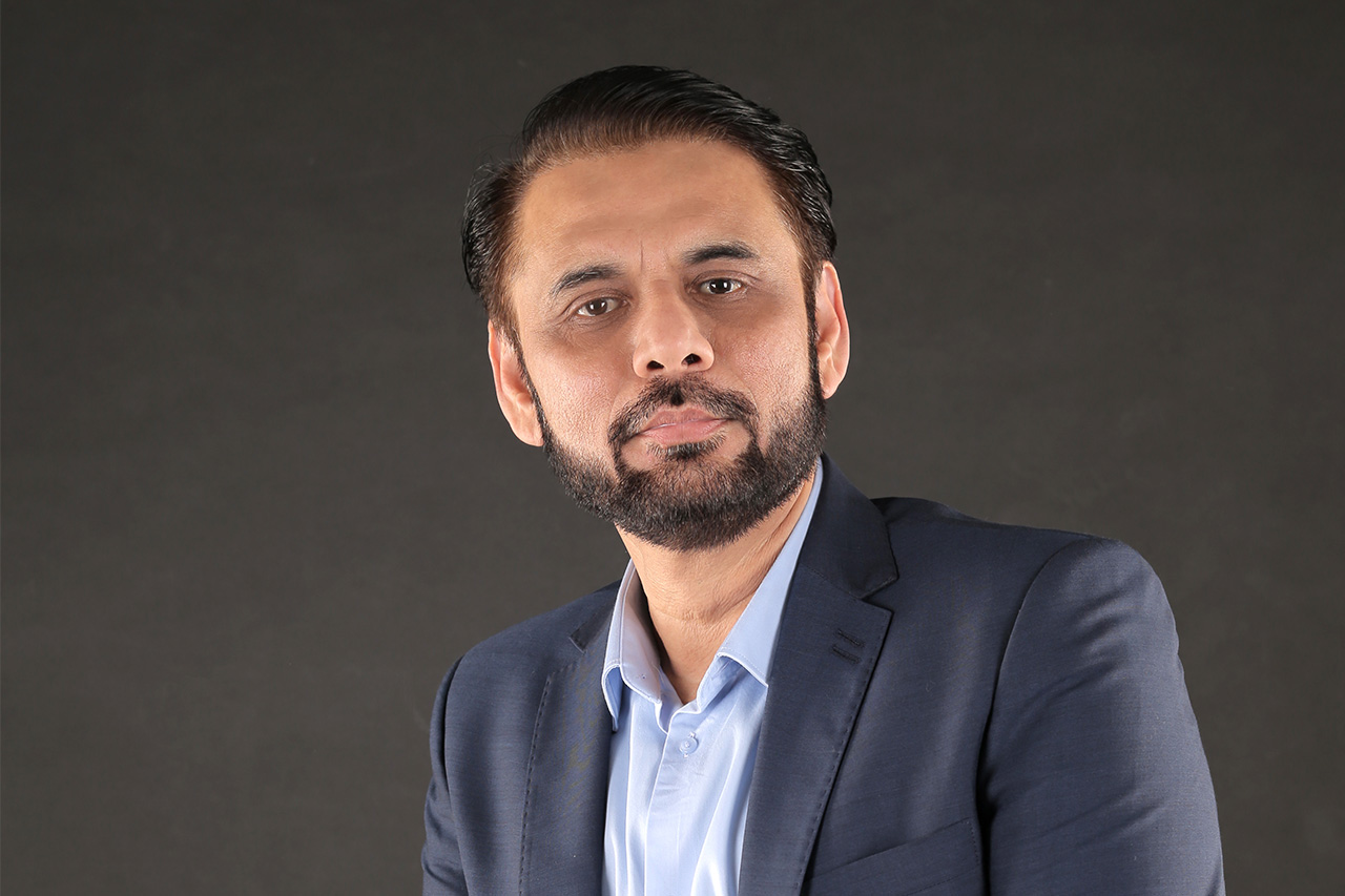 https://entrepreneurmindz.com/wp-content/uploads/2020/09/Amir-Hasan.jpg